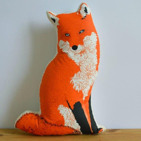 Broderpress - Fox Pillow 1