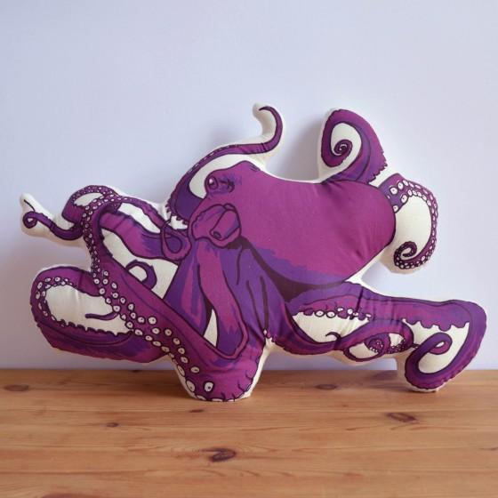 Broderpress - Octopus Pillow 1